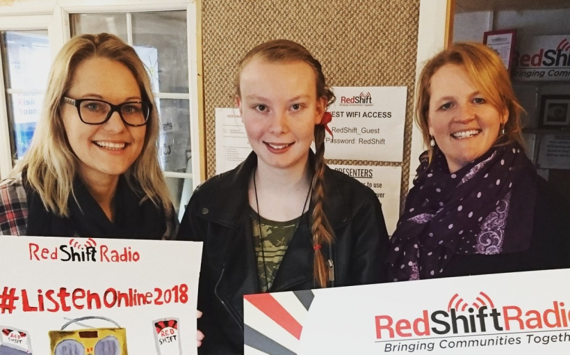 Redshift Radio with Ellen and Liz Nantwich singing lessons